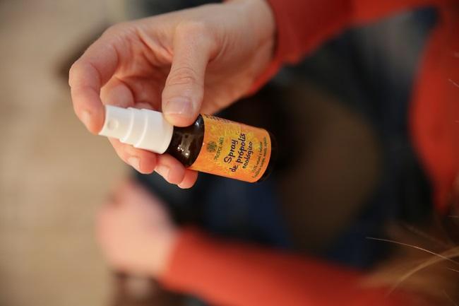 Uso Spray de propolis propolmel