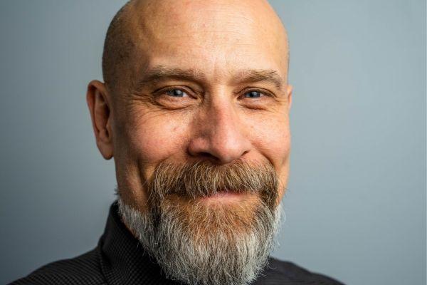 Champú para barba: Beneficios del própolis